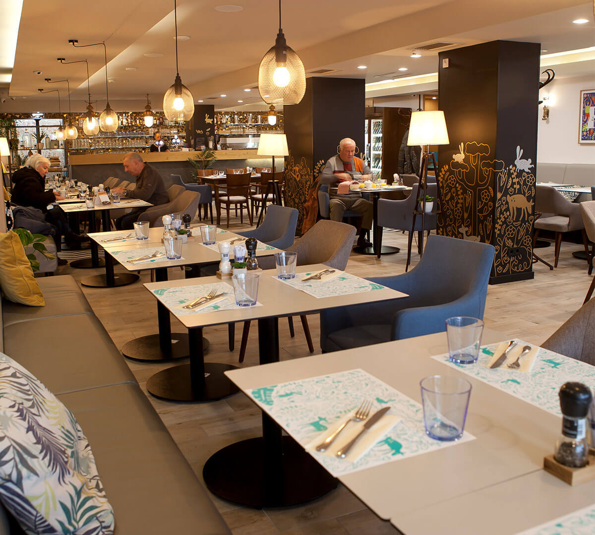 Hopsz Café & Grill